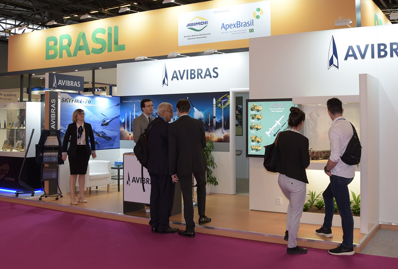 AVIBRAS presents the strength and technological competence of the Brazilian Defence Industry at Eurosatory