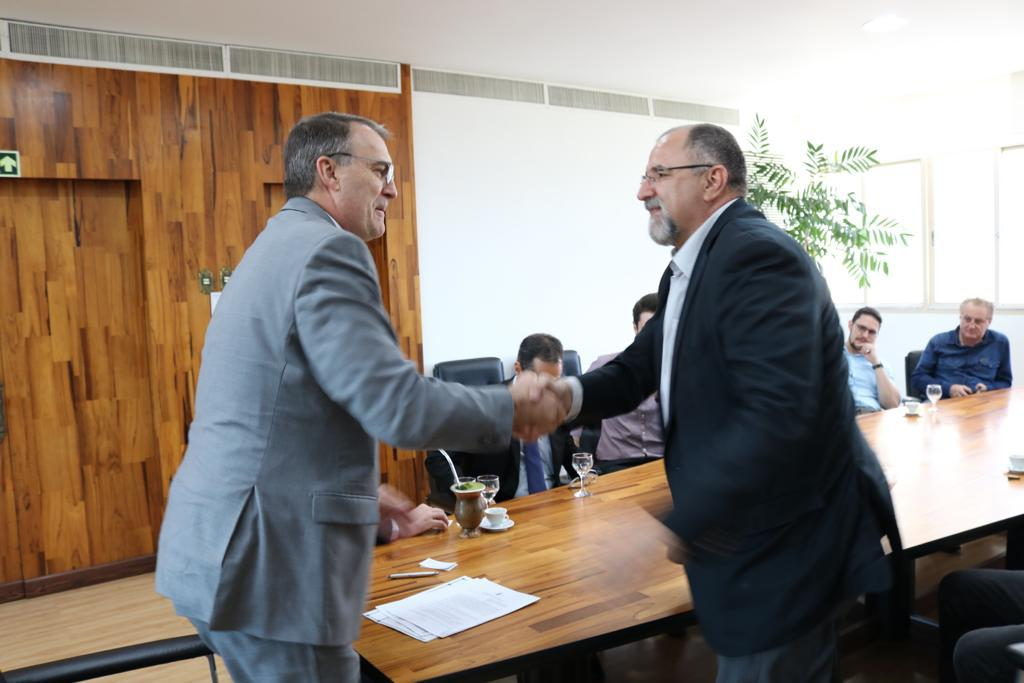 AVIBRAS signs partnership agreement with Santa Maria Federal University